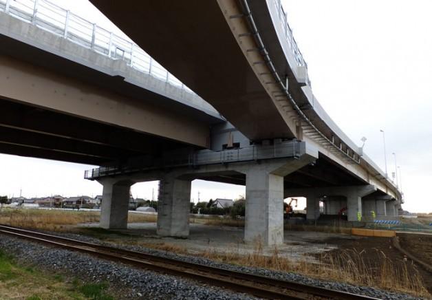 常総インターチェンジと関東鉄道常総線の間